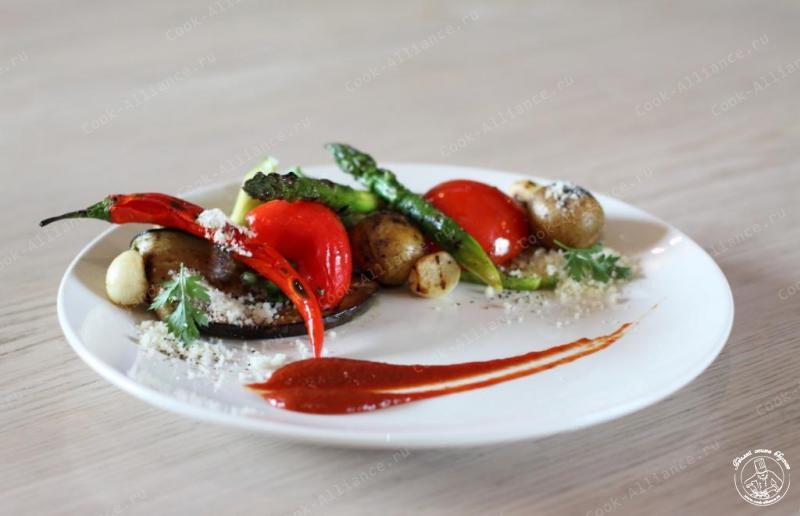 Салат из печеных овощей рецепт фото